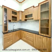 tủ bếp gỗ công nghiêp